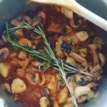 Mijoté-de-lentille-champignons-et-romarin