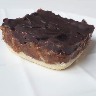 carre-carameldedattes-chocolat-vegetalien-raisonetgourmandise