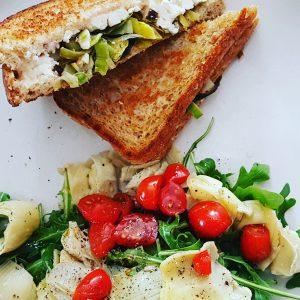 grilled-cheese-feta-poireaux-faibleencalories-raisonetgourmandise (2)