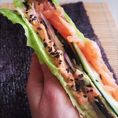 Wrap-de-laitue-façon-sushi-sans-riz-raisonetgourmandise