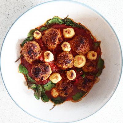 boulettes-végétaliennes-en-sauce-et-fauxmage-raisonetgourmandise.com